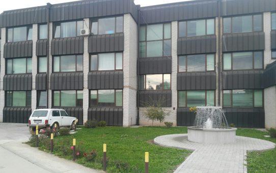 zgrada-u-kojoj-se-nalazi-centar-za-hemodijalizu